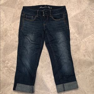 American Eagle capri pants with studs on pockets